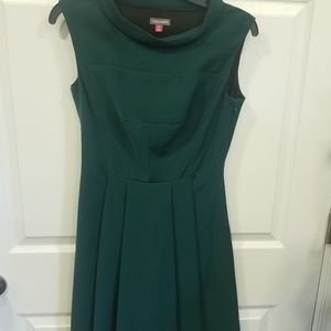 Vince Camuto green dress